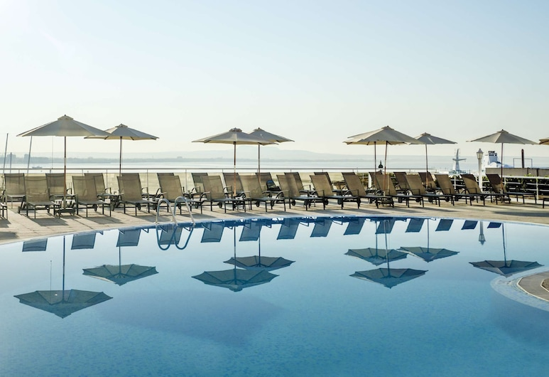 Catalonia Majorica Hotel, Palma de Mallorca, Pool