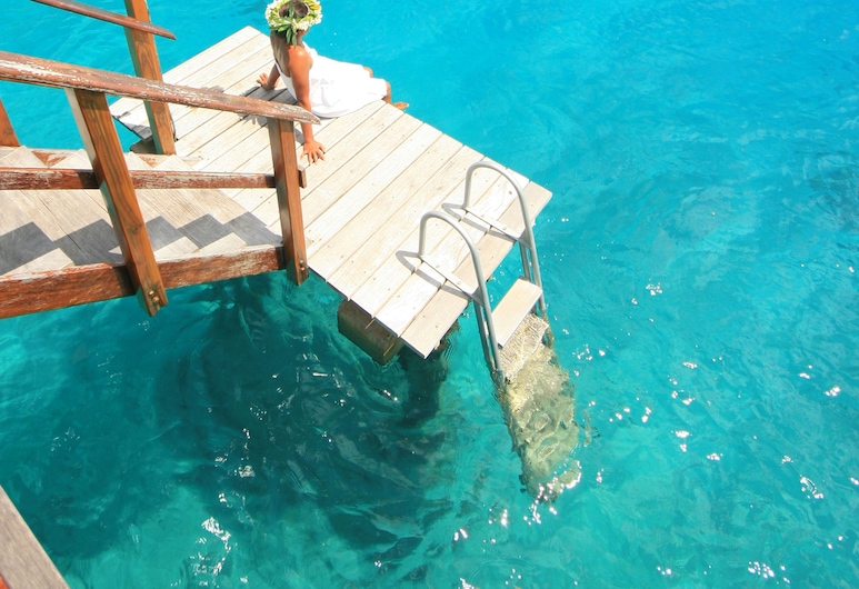 Royal Huahine, Huahine, Bungalow, Overwater, Balcony