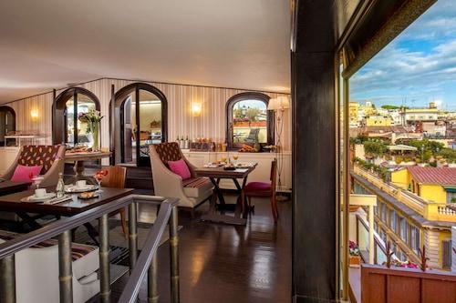 西班牙階梯旅館/