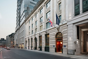 Choose This 4 Star Hotel In London