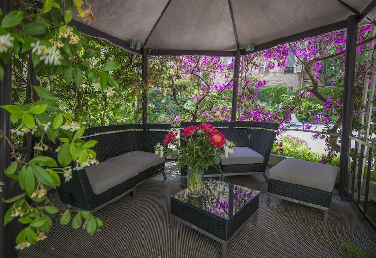 維多利亞別墅, 尼斯, 花園