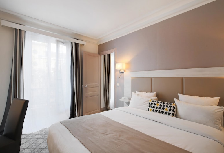 Grand Hotel des Gobelins, Paris, Suite, Guest Room