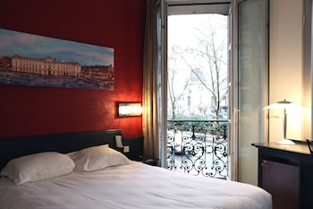 Enter your dates for our Toulouse last minute prices