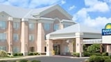 Hotels in Pocahontas, United States of America | Pocahontas Accommodation,Online Pocahontas Hotel Reservations