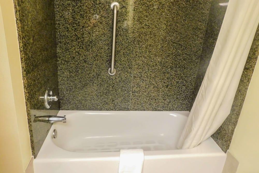 Apartmá, nekuřácký - Koupelna