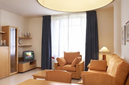 阿然娜酒店/