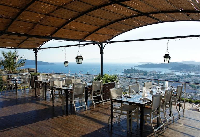 The Marmara Bodrum - Adult Only, Bodrum, Teras/Veranda