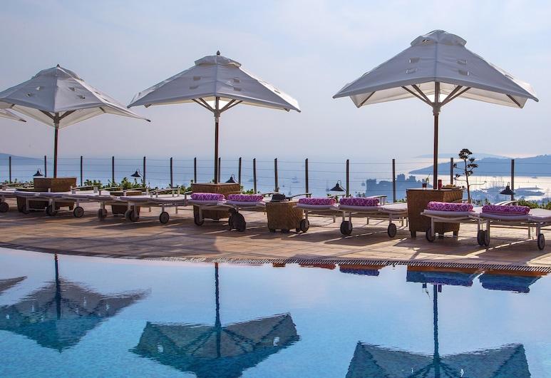 The Marmara Bodrum - Adult Only, โบดรัม, สระว่ายน้ำกลางแจ้ง