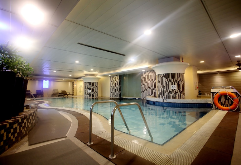 The Linden Suites, Pasig, Alberca cubierta
