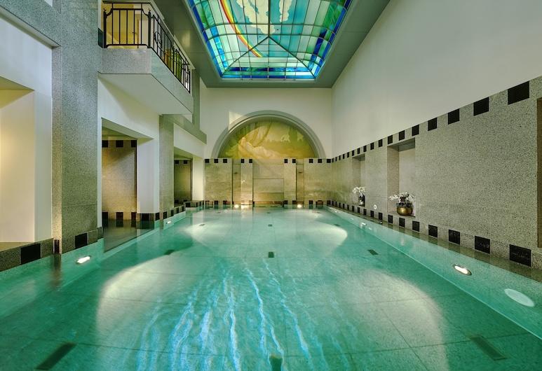 Maison Messmer - ein Mitglied der Hommage Luxury Hotels Collection, Baden-Baden, Kolam Renang Dalam Ruangan