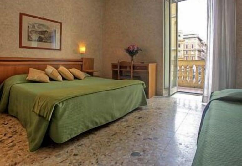 大使館酒店, 羅馬, 三人房, 客房