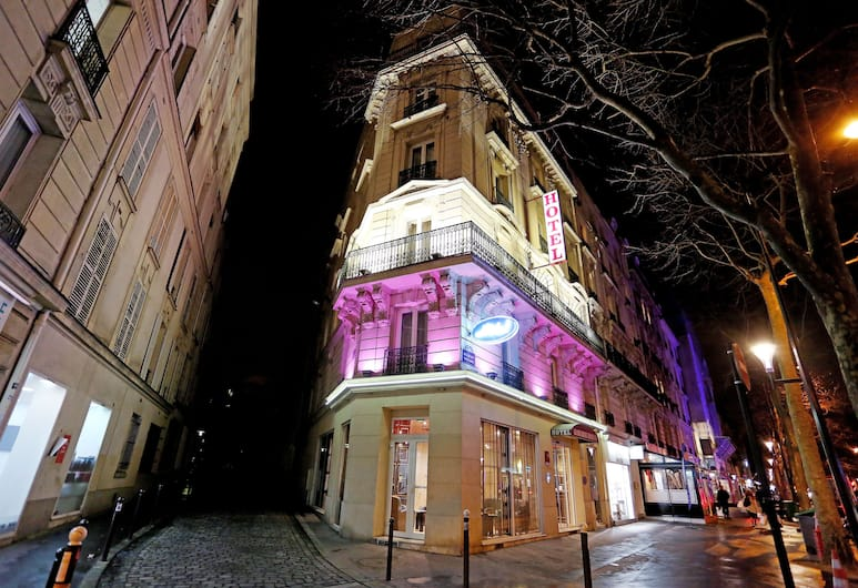 Grand Hotel Francais, Paris, Hotel Entrance