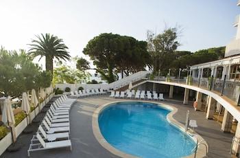 Introduce las fechas para ver los descuentos de hoteles en Sant Feliu de Guíxols