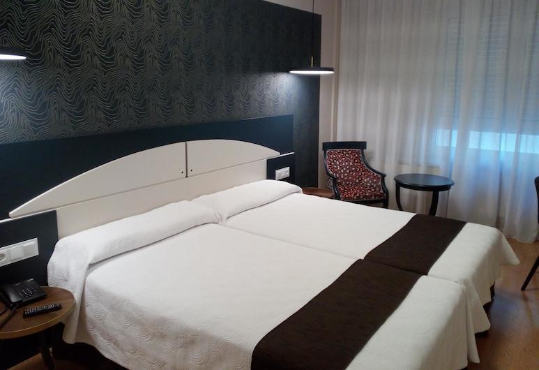 Hotel Sercotel Corona de Castilla, בורגוס, חדר סטנדרט זוגי או טווין (2 People), חדר אורחים
