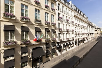 Enter your dates to get the Paris hotel deal