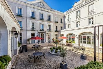 תמונה של Hôtel Aigle Noir בפונטנבלו