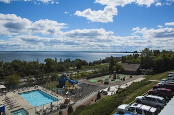 Φωτογραφία του Edgewater Hotel & Waterpark, Duluth