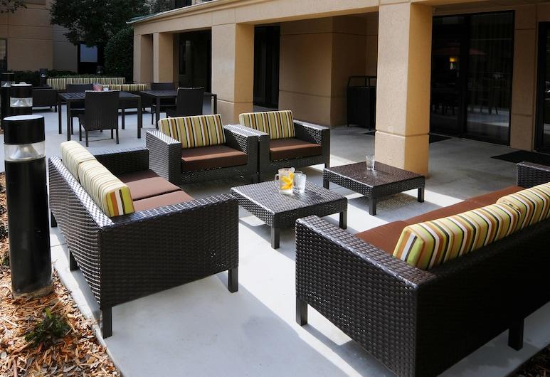 Courtyard by Marriott Dallas Plano in Legacy Park, פלנו, מרפסת/פטיו