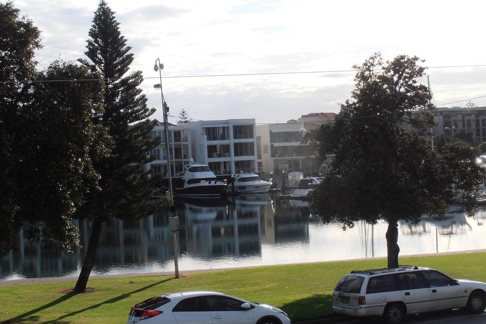 Номер, багатомісний номер (Marina View Queen & Single) - З видом на вулицю