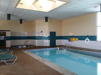 Фото Baymont Inn & Suites Grand Rapids Near Downtown у місті Гранд-Репідс