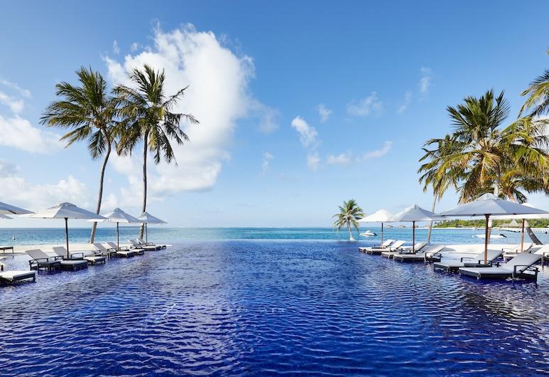 Conrad Maldives Rangali Island, האי רנגאלי, בריכה אינסוף