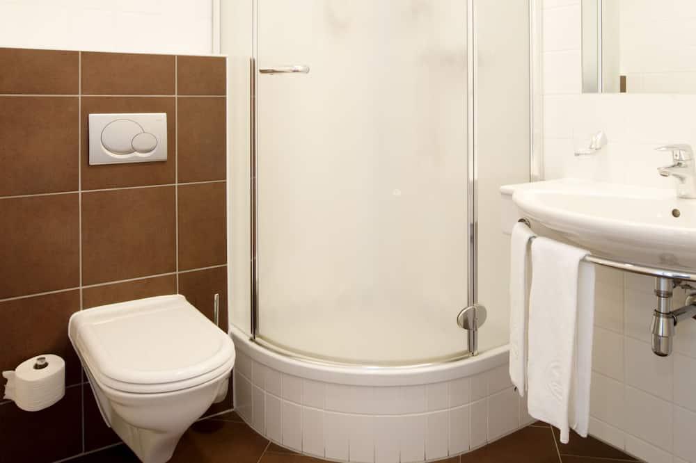 Design Double Room (POP) - Bathroom