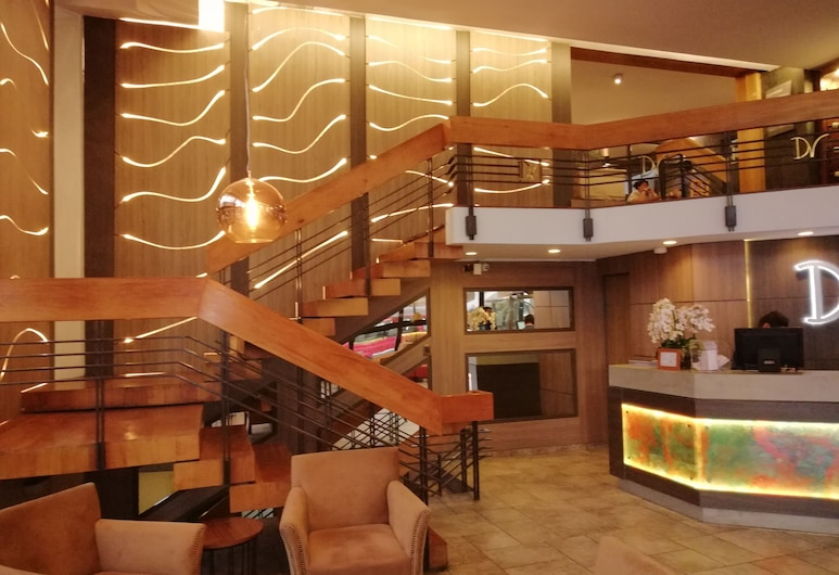 Hotel Diego de Velazquez, Santiago, Reception