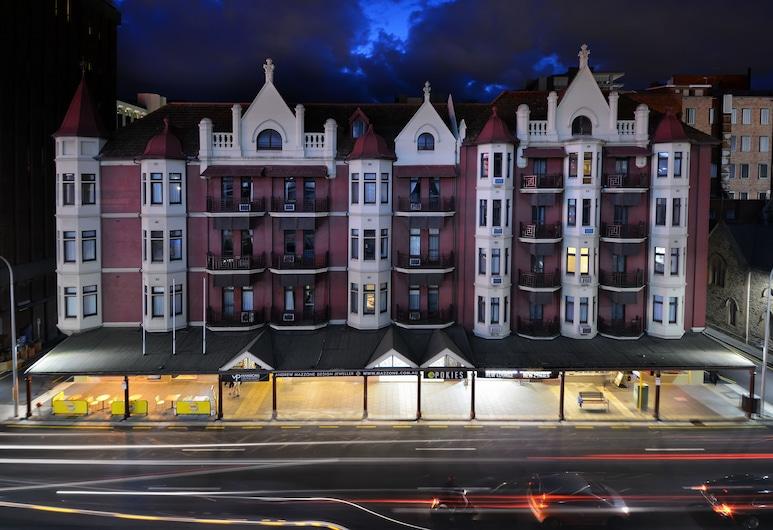 Mansions on Pulteney, Adelaide, Fassade der Unterkunft – Abend/Nacht