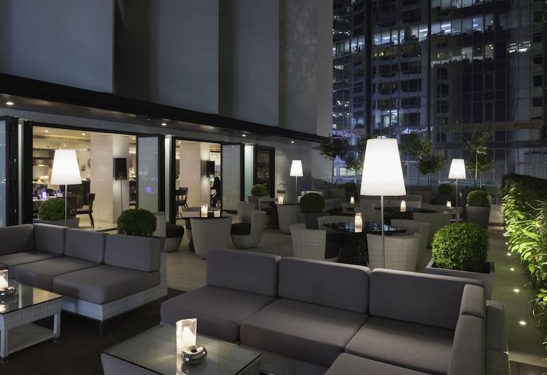 Gateway, Marco Polo Hotel, Kowloon, Terasa/trijem
