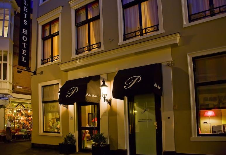 Paleis Hotel, The Hague, Hótelframhlið - að kvöld-/næturlagi