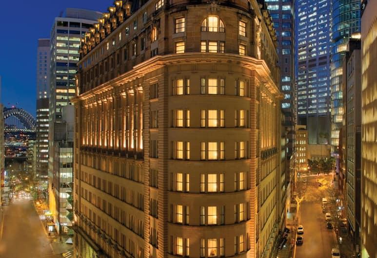 Radisson Blu Plaza Hotel Sydney, Sydney, Pohľad na hotel – večer/v noci
