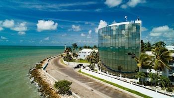 Gambar Radisson Fort George Hotel and Marina di Bandar Raya Belize