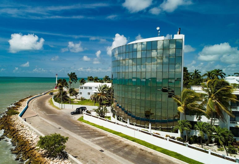Radisson Fort George Hotel and Marina, Belize City