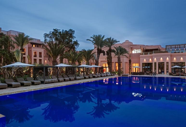 Movenpick Hotel Mansour Eddahbi Marrakech, มาร์ราเกช, สระว่ายน้ำกลางแจ้ง