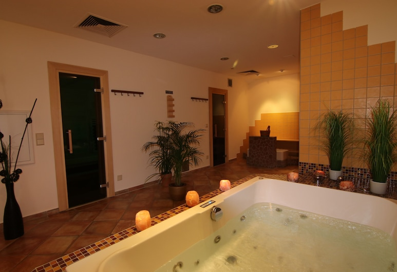 Hotel Arminius, Bad Salzuflen, Piscina