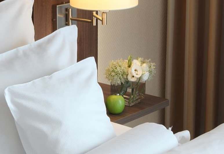 Lindner Hotel Dom Residence, Cologne, First Class Room, Kamar Tamu