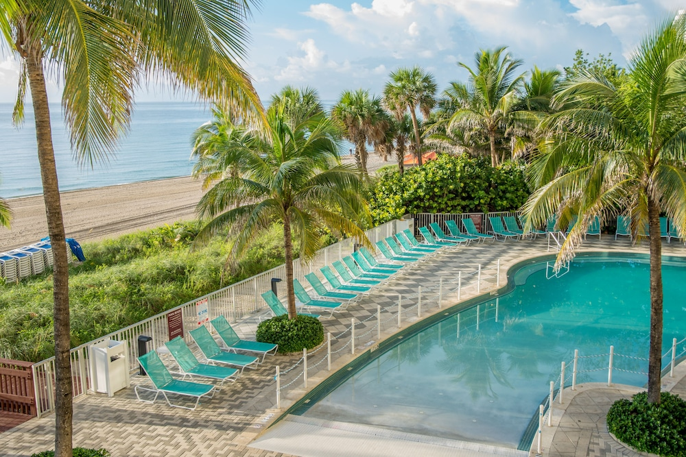 Doubletree Resort Spa By Hilton Hotel Ocean Point North Miami Beach Sunny Isles