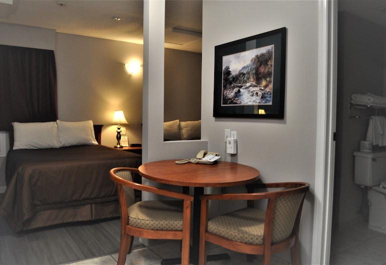 Travelodge by Wyndham Langley, Langley, Habitación doble, 2 camas dobles, con acceso para silla de ruedas, Habitación