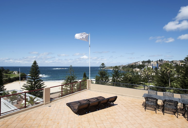 Coogee Sands Hotel and Apartments, Coogee