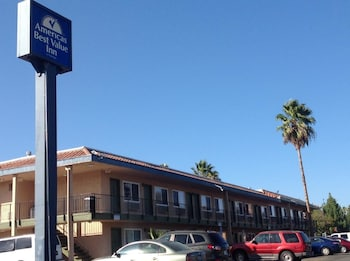 Picture of Americas Best Value Inn Thousand Oaks in Thousand Oaks