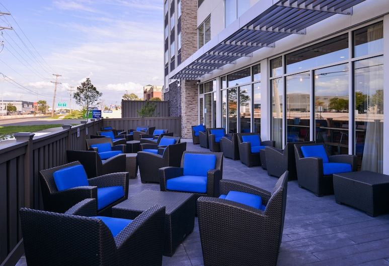 Holiday Inn Express & Suites Mall of America - MSP Airport, Bloomington, Terrasse/Patio