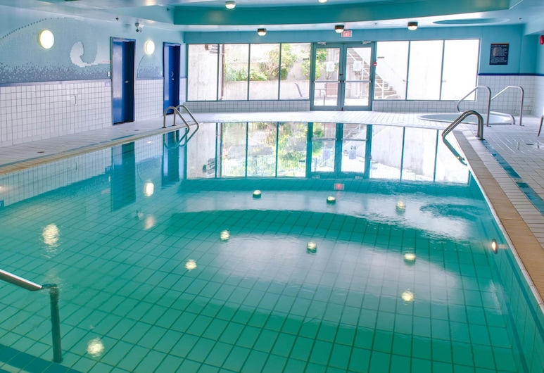ساندمان هوتل فيكتوريا, فيكتوريا, حمام سباحة