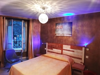 293 Cheap Paris Hotels from Rs1,946, Paris hotel discounts | Hotels com
