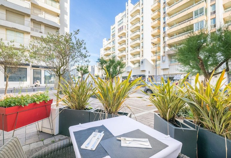 Grand Tonic Hotel Biarritz, Biarritz, Terrace/Patio