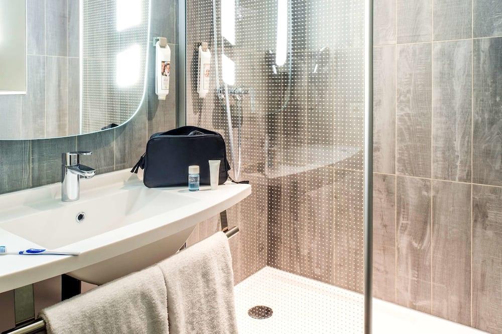 Standard İki Ayrı Yataklı Oda, Birden Çok Yatak - Banyo