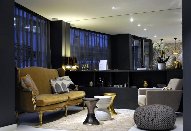 巴黎大使別墅酒店, 巴黎