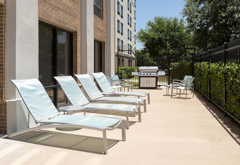 SpringHill Suites by Marriott Austin South, Austin, Terassi/patio