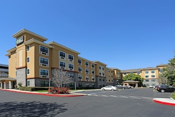 Picture of Extended Stay America Orange County - John Wayne Airport in Newport Beach