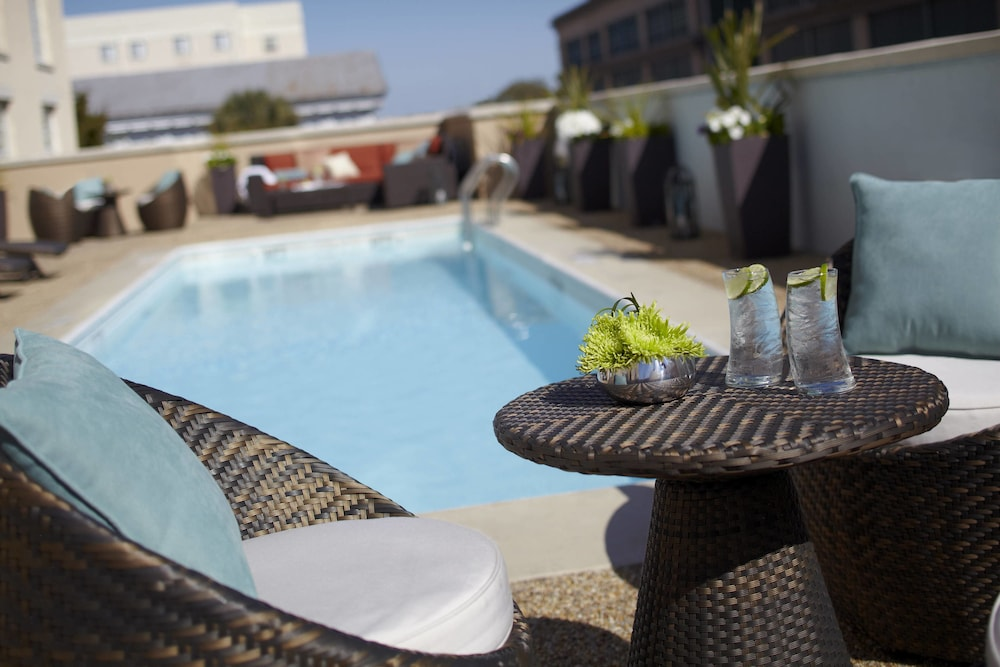 Renaissance Charleston Historic District Hotel Outdoor Pool