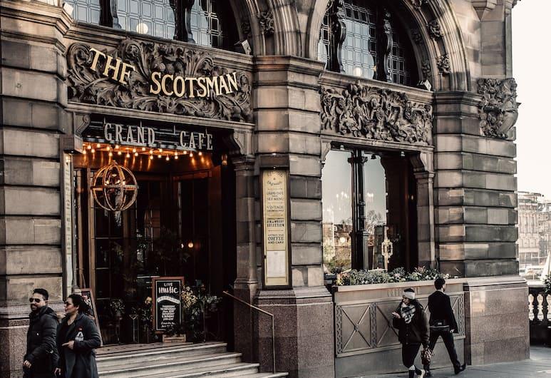 The Scotsman Hotel, Edinburgh, Ulkopuoli